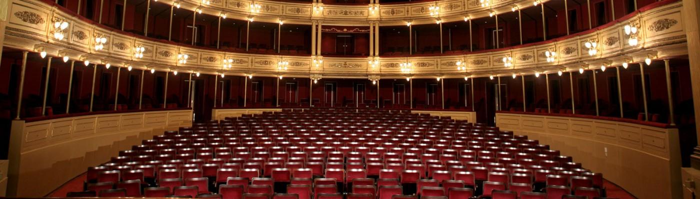 Programas de Desarrollo de Audiencias del Teatro Solís