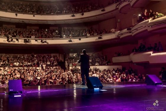Concierto del cantante puertoriqueño Tito Nieves junto al Ensamble Latino bajo la dirección de Diego Gale. Auditorio Nacional del Sodre, Montevideo, Uruguay. 20 de abril de 2018